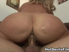 Big titty MILF