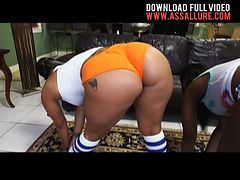 Huge Asses Nina Rotti n Spicy J