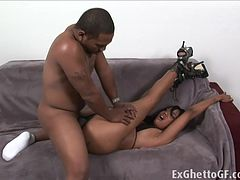 Monster cock destroys ghetto slut