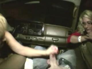 There nude handjob in car not