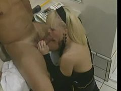 Bathroom sex to cumshot on pussy